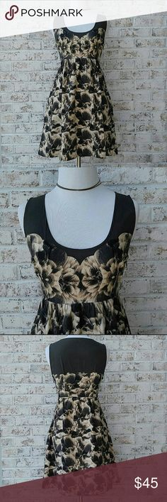 Kimchi Blue Floral Print Dress A dark grayish olive color with a cream and black floral print! Zips at the side! Thanks for looking! Urban Outfitters Dresses Mini