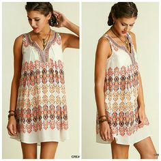 """**Print Dress** Sleeveless Print Dress  Model is 5'11"""" and is wearing a small.   Price firm   5% off 2 item bundle  10% off 3 or more bundle Dresses Mini"""