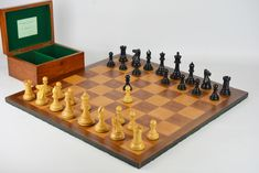 REF1507 Jaques Staunton , board and box. - Antique Chess Shop