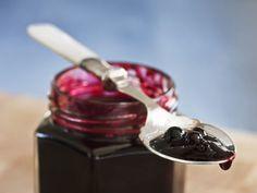 Blaubeerkonfitüre ist ein Rezept mit frischen Zutaten aus der Kategorie Konfitüre. Probieren Sie dieses und weitere Rezepte von EAT SMARTER!