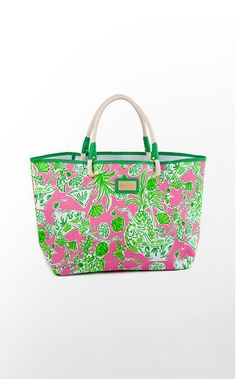 Shoreline tote from Lilly Pulitzer