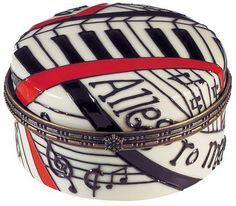 Allegro Round Trinket Box. #music http://www.pinterest.com/TheHitman14/music-paraphernalia/