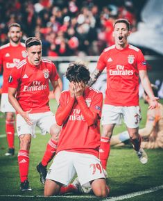 Portugal wonderkid Joao Felix became the youngest ever hat-trick scorer in UEFA Europa League history. Felix, is widely regarded as one of Betting Tips - Free Bets - Best Betting Tips 'New breaks incredible UEL record Soccer News, Sports News, Sport Football, Football Players, Neymar, Benfica Logo, Ronaldo, Manchester United Transfer, Remember The Name