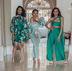 There is a shade of green in every woman. The green was unplanned thou. Fashion Killa, Fashion Beauty, Fashion Looks, Classy Outfits, Cute Outfits, Glamorous Outfits, Black Women Fashion, Womens Fashion, High Fashion