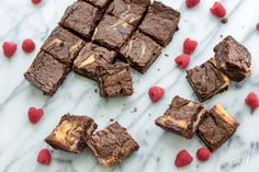 Recept: Cheesecakebrownies met framboos / Recipe: Cheesecake raspberry brownies