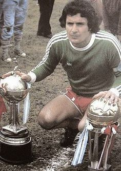 CA Independiente of Argentina goalkeeper Miguel Santoro in Miguel Angel, National League, Goalkeeper, Soccer Players, Club, All About Time, Competition, Nostalgia, Football