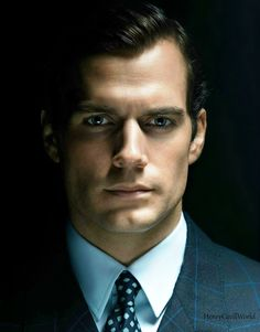 henrycavillworld:  Henry Cavill as Napoleon Solo in The Man form U.N.C.L.E