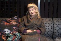 five of diamonds Vivienne Westwood, Plaid Scarf, Revolution, Diamonds, Inspirational, Couple Photos, Couples, Outfits, Fashion