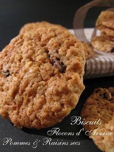 """""""La pâte contient un peu de compote de pommes , ce qui rend ces biscuits moelleux et leur conserve un peu d'humidité ."""" Initialement glac..."""