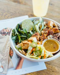 dc, listen up: meet the maketto dinner bowl, a collab with @erikbruneryang of @maketto1351 that will be available starting nov. 3. safe to say you've got dinner plans that night –– tag your date in the comments below. 👇🏼 📷: @allisonzaucha ⠀