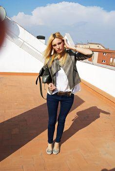 Chaqueta/Jacket: Topshop  Blusa/Bluse: Mango  Jeans: Topshop  Cinto/Belt: Massimo Dutti  Zapatos/Shoes: H & M  Bolso/Bag: Topshop