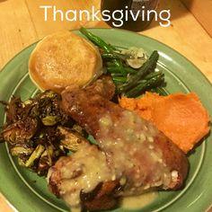 Happy #thanksgiving #feast #turkey #gravy #sweetpotato #mash #greenbeans #brusselsprouts #healthy #stayfit in #la #losangeles #westside #beach #cityofangels #eat by #chef #joelazo #foodporn #foodie #timetoeat #yummy #food #follow #eatdrinksleeprepeat #cheflife