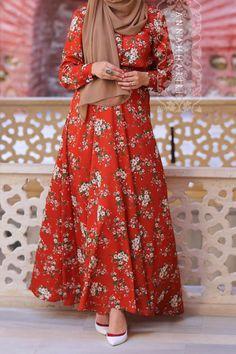 Annah Hariri, Online, Modest clothing atelier of high end quality Modest Fashion Hijab, Abaya Fashion, Muslim Fashion, Fashion Outfits, Modest Dresses, Modest Outfits, Casual Dresses, Modest Clothing, Long Dresses