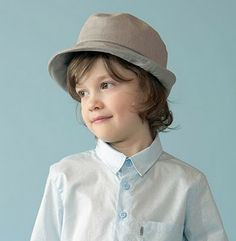 Ottobre Design Herbie Brimmed Hat Tutorial (Instructions only) Design Blog, Sewing For Kids, Baby Sewing, Sewing Clothes, Diy Clothes, Hat Patterns To Sew, Sewing Patterns, Stitch Witchery, Little Gentleman