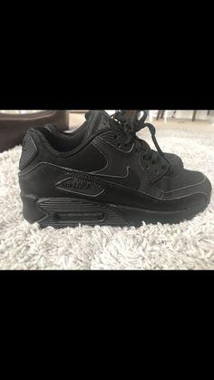 e43da3ed04fd6f All Black Nike Air Max 90 Youth Size 6  fashion  clothing  shoes