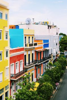 Discover the rich heritage of Puerto Rico and wander the cobblestone streets of Old San Juan — one of the best-preserved Spanish colonial cities in the world! Stock Pictures, Stock Photos, Tour Tickets, Spanish Colonial, Color Inspiration, Puerto Rico, Places To See, Caribbean, Tours