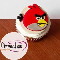 Angry birds cupcake (Cupcake de Angry birds) https://www.facebook.com/ChromatiquePasteleria/