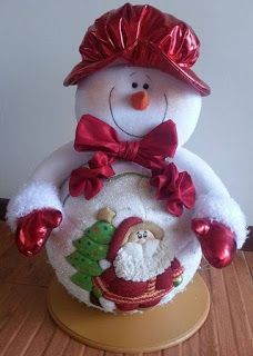 Felt Christmas Decorations, Christmas Fabric, Christmas Centerpieces, Holiday Decor, Christmas World, Christmas Snowman, Christmas Time, Christmas Ornaments, Snowman Crafts