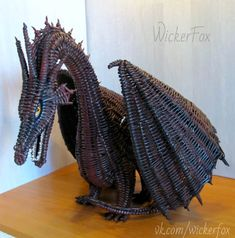 Willow Weaving, Basket Weaving, Paper Furniture, Driftwood Sculpture, Quilling, Dragon, Wicker, Knitting Patterns, Sculptures