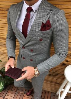 Suit Colors For Men [Updated May Grey colored suit with red tie and pocket square image.Grey colored suit with red tie and pocket square image. Suit With Red Tie, Suit And Tie, Grey Suit For Men, Mens Plaid Suit, Red Ties, Blue Suit Men, Dress Suits, Men Dress, Men's Suits