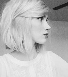 Short Straight Bob Haircuts