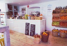 Josbaren Visby, Gotland. Sweden. Juice bar. Raw food. Vegan. Plant based Healthy. Sugar free. Nutrition.