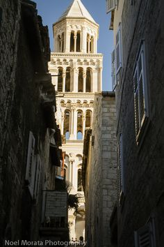 Split - a free city tour of the Diocletian Palace | Travel Photo Discovery #split #croatia #dalmatia