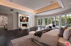 917 N Crescent Dr, Beverly Hills, CA 90210 | Zillow