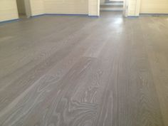 Decorate with Grey Wood Floors — Cento Ventesimo Decor Grey Hardwood Floors, Refinishing Hardwood Floors, Timber Flooring, Grey Flooring, Floor Bed Frame, White Washed Floors, Ottoman Furniture, Best Flooring, My Dream Home