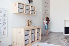 Pokój dziecięcy przedszkolaka | Children's room design for preschooler  Plakat | Poster - Alfabet | Alphabet  Półeczki na zabawki | Toy storage - Ikea - IKEA Trofast  Projektowanie wnętrz | Interior design  Blog parentingowy | Parenting blog  Blogger