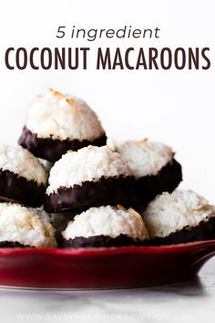 Coconut Macaroons Sallys Baking Addiction, Coconut Macaroons – Glorious Treats, Coconut Macaroons Sallys Baking Addiction Read More About . Gluten Free Cookie Recipes, Candy Recipes, Sweet Recipes, Baking Recipes, Tea Cakes, Biscotti, Brownies, Dessert Crepes, Almond Macaroons