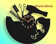 Hairdresser haircutter clock gift beauty salon big wood for Moderne kuchenuhren