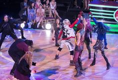 cast on Dancing With The Stars ? Disney Channel Descendants 2, Disney Descendants 2, Descendants Cast, Live Action Movie, Action Movies, Disney Xd, Disney Movies, Dove Cameron Style, Nickelodeon Shows