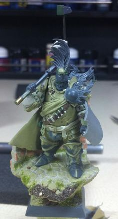 an absolutely stunning conversion of a Reikland commander. veteran of many battles no doubt.