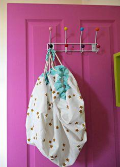 PInk bedroom door for children's rooms - colourful painted door Girls Bedroom Colors, Kids Bedroom, Bedroom Doors, Room Tour, Creative Decor, Kids House, Home Decor Inspiration, Family Homes, Nurseries
