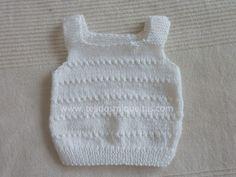 Tejidos Miqueitas | Chaleco interior bebé 1er. tamaño Easy Scarf Knitting Patterns, Baby Boy Knitting Patterns, Knit Vest Pattern, Knitting For Kids, Top Pattern, Baby Knitting, Crochet Baby, Baby Vest, Baby Sweaters