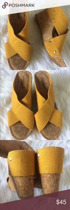 Lucky Brand Mustard Cork Sandal Wedges 8.5 EUC Lucky Brand Cork wedges. Size 8.5 Lucky Brand Shoes Wedges