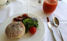 The Swiss have established a number of hospitality schools along Lake Geneva. In the heart of it all is the Hôtel des Trois Couronnes, a luxury boutique. Vevey, Lake Geneva, Restaurants, Hotels, Breakfast, Ethnic Recipes, Table, Food, Kitchens
