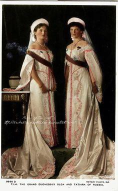 Grand Duchesses Olga and Tatiana in formal court attire  via http://la-bella-devotchka.deviantart.com/