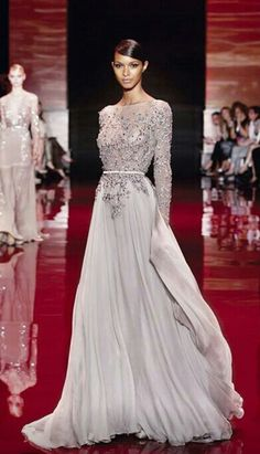 I died when I saw this. Love Ellie Saab, he is such an amazing designer!!!!