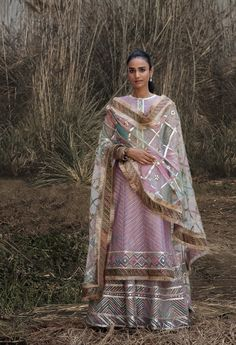 Rimple and Harpreet Narula 2018 Pakistani Wedding Outfits, Pakistani Wedding Dresses, Pakistani Dress Design, Bridal Outfits, Designer Suits For Wedding, Indian Designer Suits, Wedding Suits, Pakistani Designer Clothes, Indian Attire