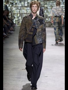 Dries Van Noten Spring 2017 Menswear collection.