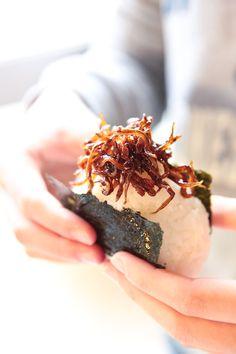 Ikanago sandeel boiled with sugar, soy sauce and ginger | Kobe, Japan いかなごの釘煮