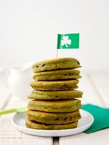 Green Vegan Pancakes Perfect for St. Patrick's Day! Or on a super perfect any day when you don't know what else to cook for dinner.  I added agave syrup instead of maple and added 1/4 tsp more of vanilla extract.  My kids ate them all up!
