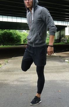 run while you can // mens health // mens fitness // city life // gym gear // gym fashion //