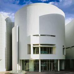 Video: Richard Meier reflects on his firm's illustrious historyDiscover the world's most beautiful places of worship, including Meier's Jubilee Church See 10 blockbuster buildings shaping the world of architecture Minimalist Architecture, Modern Architecture House, Classical Architecture, Interior Architecture, Pavilion Architecture, Organic Architecture, Chinese Architecture, Architecture Portfolio, Futuristic Architecture