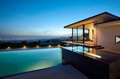 Vera Wang Beverly Hills Mansion | World-renowned fashion designer Vera Wang has purchased a beautiful ...