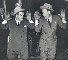 1941 Graumans Chinese theater Hollywood Walk Of Fame, Golden Age Of Hollywood, Classic Hollywood, Old Hollywood, Great Comedies, Classic Comedies, Classic Movies, Bud Abbott, Sid Caesar