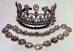 Marie Antoinette's jewels #MarieAntoinetteJewels #MarieAntoinetteTiara