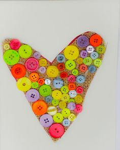 Nice quick and easy heart made with buttons and hession. Button Crafts For Kids, Creative Kids, Arts And Crafts, Buttons, Nice, Heart, How To Make, Art And Craft, Nice France